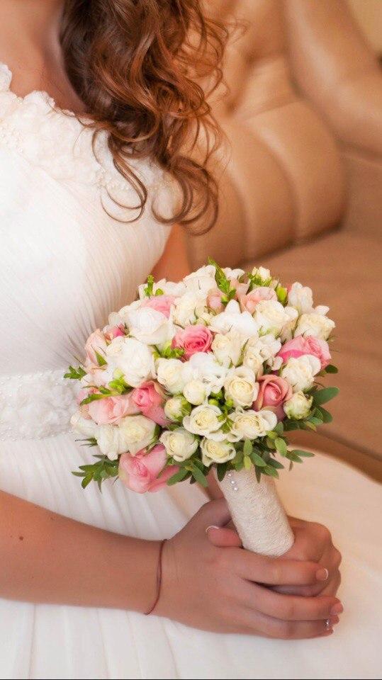 Букет невесты №3, букет невесты, кустовая роза, роза мини, фисташка,