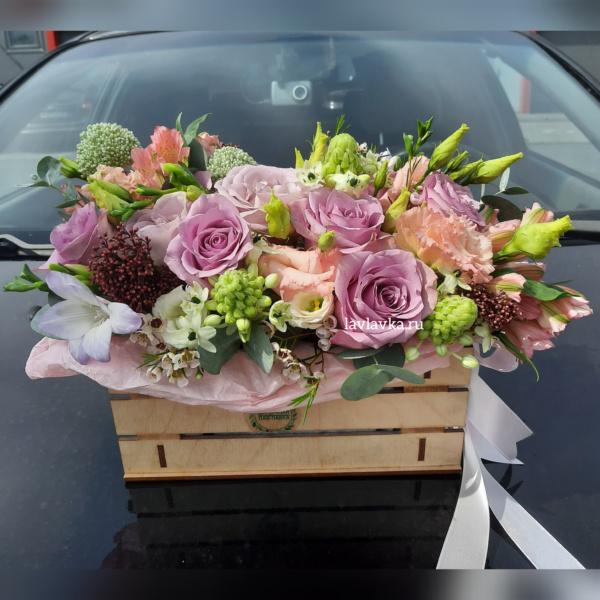 Композиция в ящике №7, букет в коробке, букет в ящике, композиция в ящике, цветочная композиция, цветы в коробке, цветы в ящике, ящик,