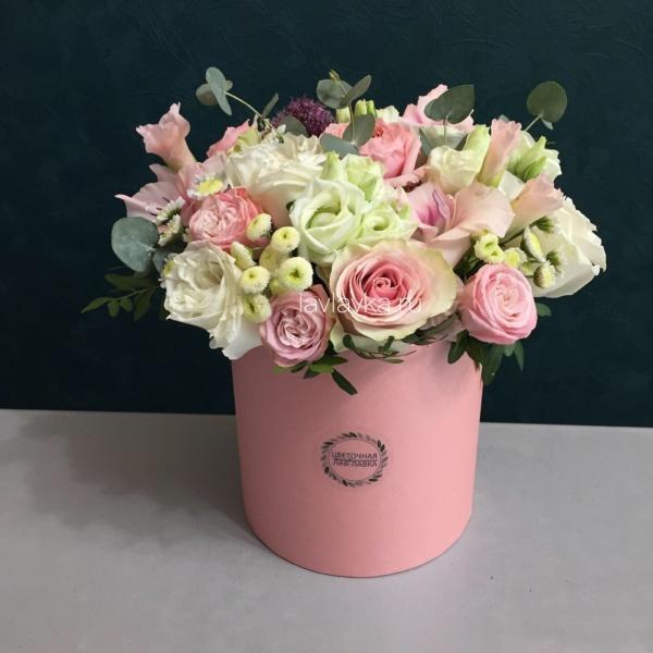 Букет в шляпной коробке №8, букет в коробке, букет в шляпной коробке, купить букет спб, нежный букет, нежный букет в коробке, цветы в коробке, цветы в шляпной коробке, цветы в шляпной коробке спб, шляпная коробка,