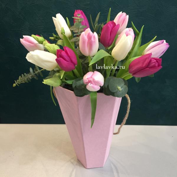 Цветочная композиция №2, тюльпаны,