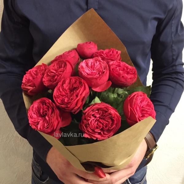 Букет №93, красная пионовидная роза, красная роза, пионовидная роза, роза, розы, розы в крафте,
