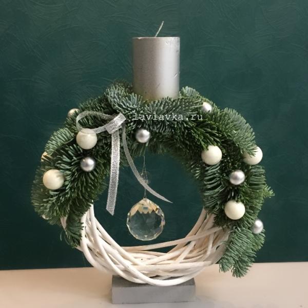 Новогодняя композиция №35, декор для интерьера, новогодние шары, новогодний декор, новогодний декор для дома, новогодний подарок, новогодний подсвечник, новогодняя композиция, подсвечник, свеча, шары, шишки,