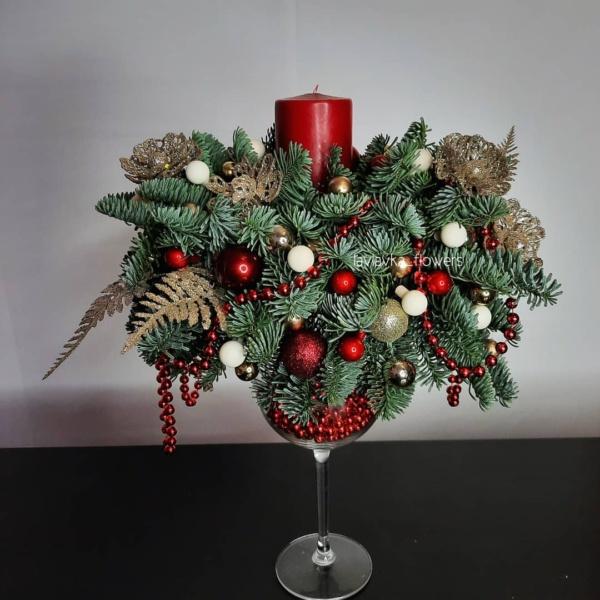 Новогодняя композиция №20, корпоративные новогодние подарки, купить новогодний подарок, новогоднее настроение, новогоднее оформление, новогоднее оформление офиса, новогоднее украшение для дома, Новогоднее украшение для офиса, Новогодние елочки, новогодние композиции, новогодние корпоративные подарки, Новогодние подарки для коллег, новогодние шары, новогодний декор для дома, Новогодний подарок директору, Новогодний подарок партнерам, новогодний подсвечник, Новогодний подсвечник на бокале, новогодняя ель, новогодняя композиция, подсвечник, рождественская композиция,