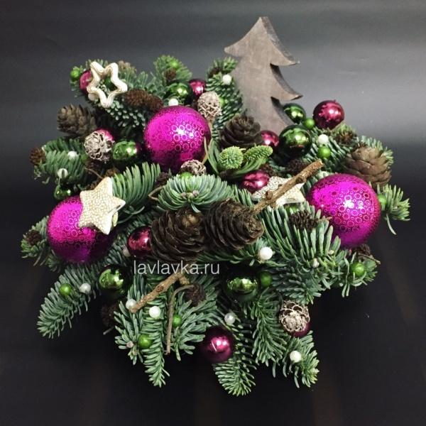 Новогодняя композиция №31, букет с нобилисом, нобилис, новогодние композиции, новогодние подарки, новогодние свечи, новогодние шары, новогодний декор, новогодняя композиция, новогодняя композиция на стол, шары, шишки,