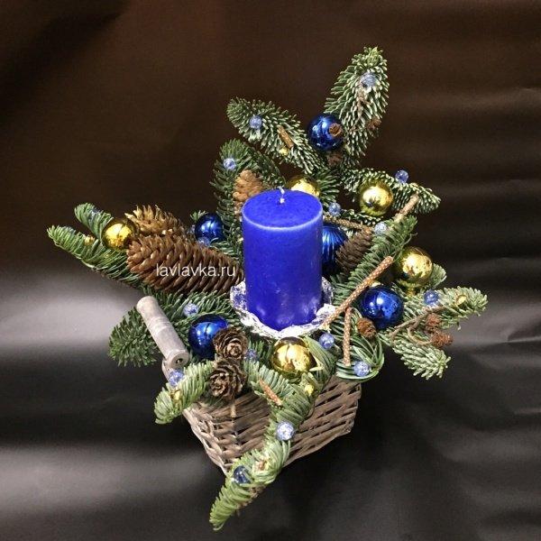 Новогодняя композиция №40, композиция с елью, композиция с шишками, нобилис, новогодний декор, новогодняя композиция, новогодняя композиция со свечами, шары, шишки,