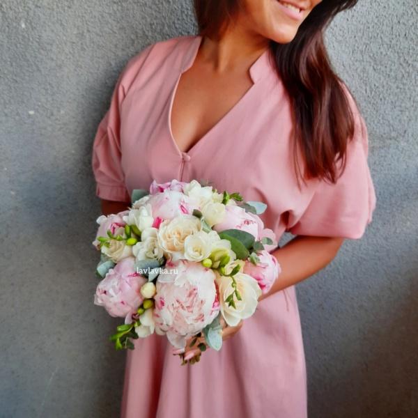 Букет невесты №22, букет невесты, букет невесты с пионами, букет с пионами, свадебный букет, свадебный букет с пионами,