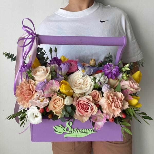 Композиция в ящике №8, альстромерия, букет в ящике, весенний букет, лизиантус, цветы в ящике, эустома, яркий букет, яркий букет в ящике,