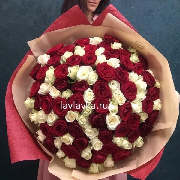Букет №33, 101 красная роза, 101 роза, белые розы, большой букет, букет гигант, красные розы,