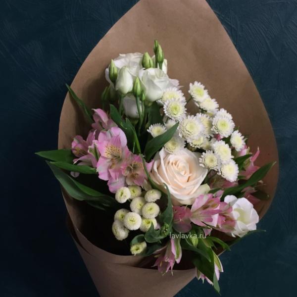 Букет №117, альстрамерия, букет на 14 февраля, букет на 8 марта, букетна1сентября, крафт, лизиантус, матрикария бая, сталлион белый, цветы на 14 февраля, цветы на 8 марта,