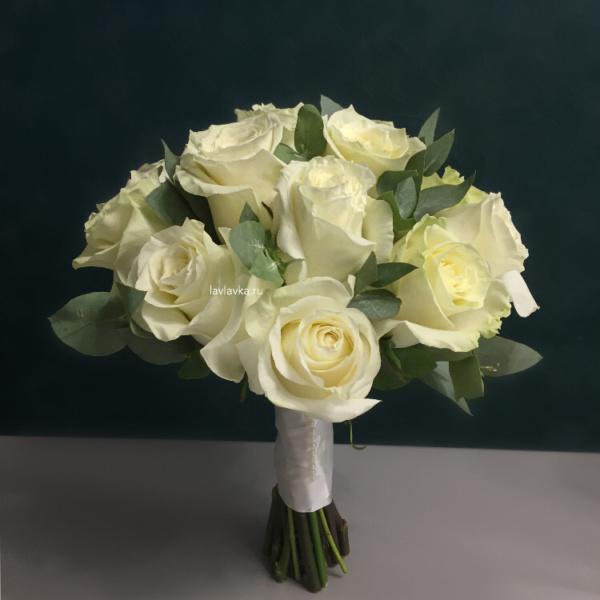 Букет невесты №39, белые розы, белый букет, букет из роз, букет невесты, букет невесты из белых роз, роза мондиаль, свадебный букет,