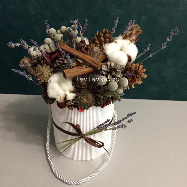 Новогодняя композиция 41, букет в коробке, букет с хлопком, композиция из сухоцветов, новогоднее украшение, новогодний букет, новогодний декор, новогодний декор для офиса,