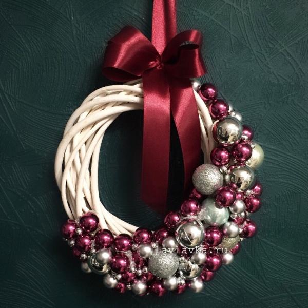 Новогодний венок №13, декор для дома, новогоднее украшение, новогодние венки, новогодние шары, новогодний венок, новогодний венок из шаров, новогодний декор, новогодний декор для дома, новогодний декор для офиса, новогодний подарок, рождественский венок,