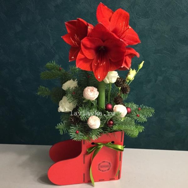 Новогодняя композиция №45, композиция, новогоднее украшение, новогодние подарки, новогодний букет, новогодний декор для офиса, новогодний подарок, новогодний сапожок, новогодняя композиция, новогодняя композиция на стол, новогодняя композиция с елью,