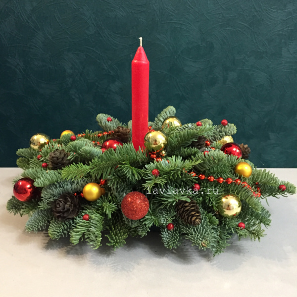 Новогодняя композиция №57, зимняя композиция, композиция с елью, новогоднее украшение, новогодние композиции со свечами, новогодние корпоративные подарки, новогодний декор для дома, новогодний подсвечник, новогодняя композиция, новогодняя композиция в красно золотых цветах, новогодняя композиция на стол,