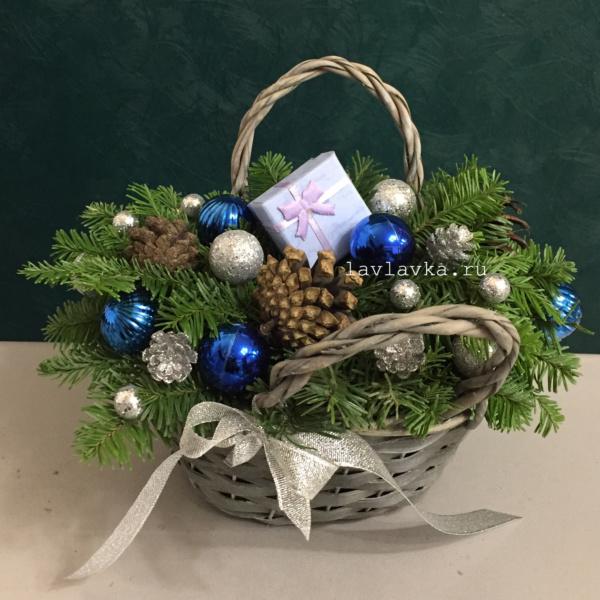 Новогодняя композиция №52, зимняя композиция, композиция в корзинке, новогоднее украшение, новогодние композиции, новогодний подарок, новогодняя композиция, рождественский букет, рождественский венок,