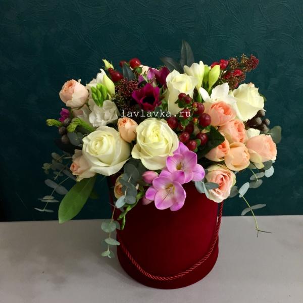 Букет в шляпной коробке №36, букет в коробке, букет в шляпной коробке, цветы в коробке, цветы в шляпной коробке,