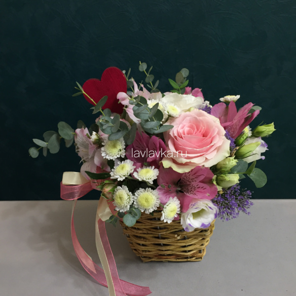 Цветочная композиция №24, букет в корзинке, цветочная композиция, цветы в корзине, цветы в корзинке, цветы в сумке, цветы учителю,