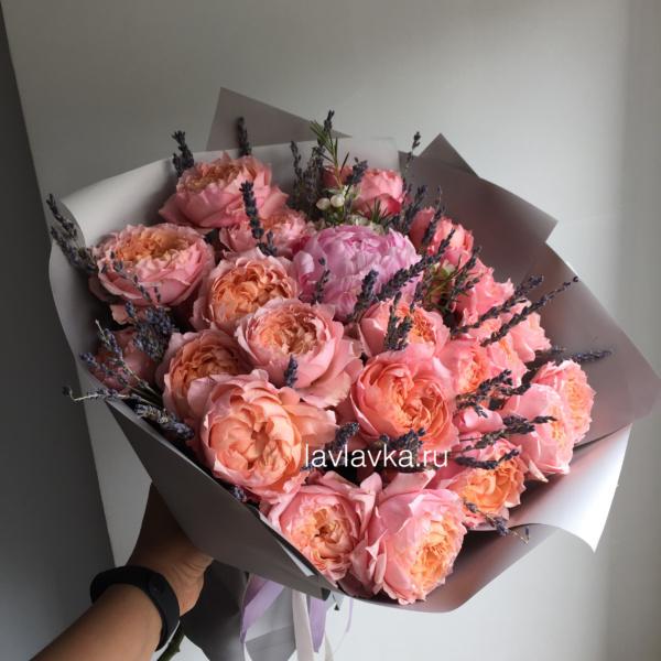 Букет №146, лаванда, пион, роза джульетта,