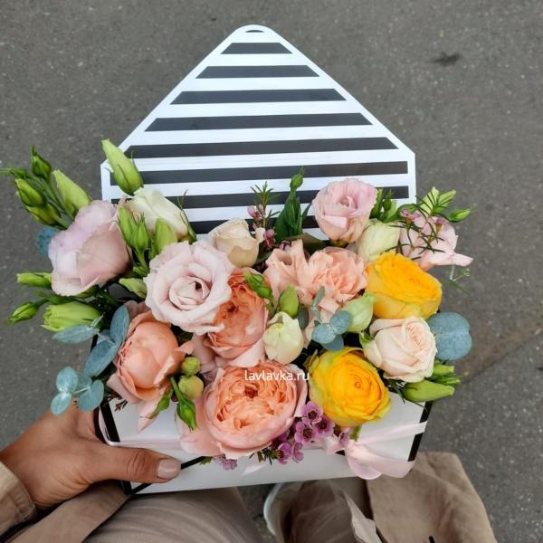 Цветочная композиция №17, букет в конверте, стильная композиция, стильная цветочная композиция, стильный букет, цветочная композиция, цветы в конверте,