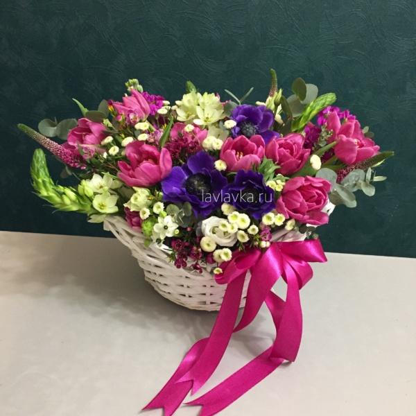 Цветочная композиция №33, букет в корзине, цветочная композиция, цветы в корзине, цветы в корзинке,