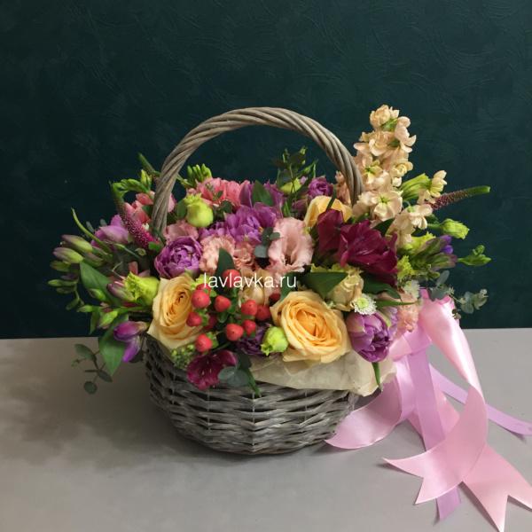 Цветочная композиция №32, букет в корзине, цветочная композиция, цветочная композиция в корзине, цветы в корзине,