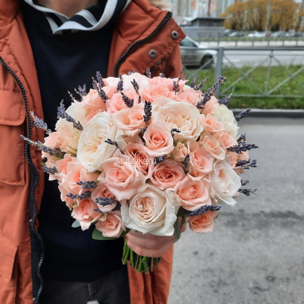 Букет невесты 42, авторский букет, бело-розовый букет невесты, букет невесты, букет с лавандой, Персиковый букет, Персиковый букет невесты, пудровый букет, пудровый букет невесты, Свадебный букет с лавандой, свадебный букет с розами, стильный букет, стильный букет невесты,