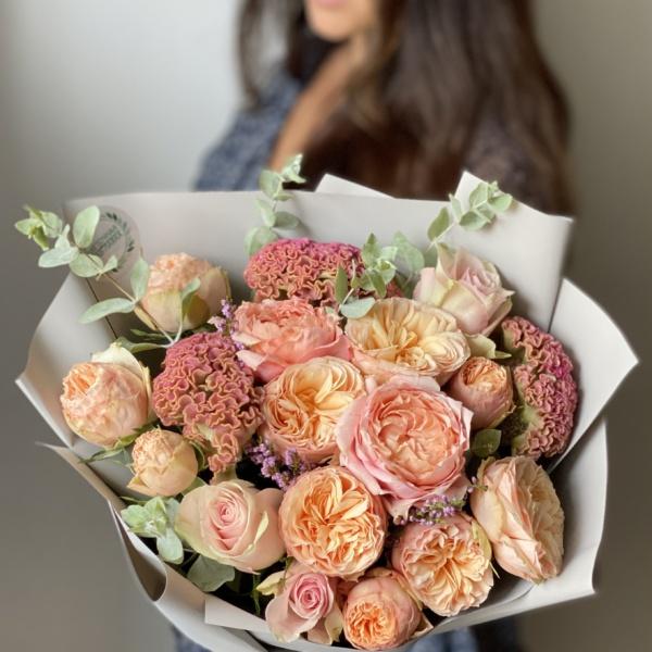 Букет №43, авторский букет, букет для подруги, Букет из пионовидных роз, букет на 1 сентября, букет с пионовидными розами, букет учителю, Персиковый букет, пионовидные розы, стильный букет,