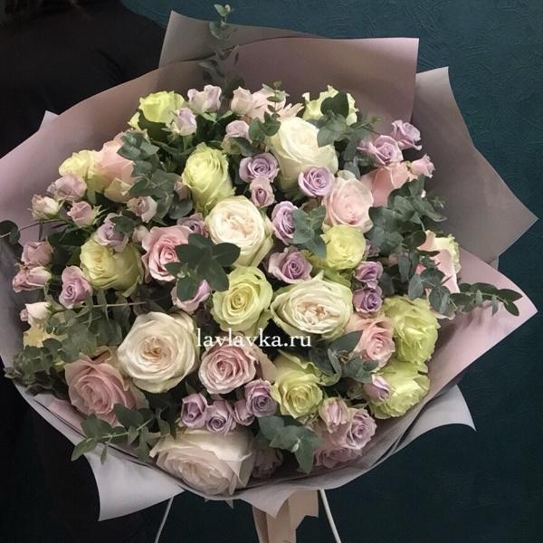 Букет №36, большой букет, большой букет роз, букет из роз, пудровый букет, стильный букет,